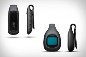 Aparelho Fitbit One. Dados sincronizados automaticamente por Bluethoth com CPU, Smarthphone ou Tablet.