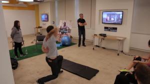 Um exemplo de uso, tudo com detecção de movimentos para aprimorar postura.